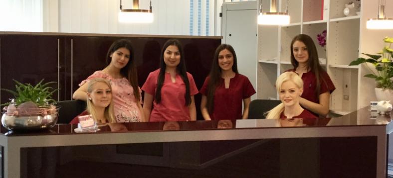 Praxisteam Hilal Frauenarzt Dortmund
