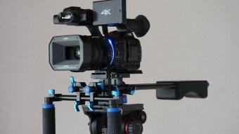 Schulterstativ Rig mit Panasonic Camcorder