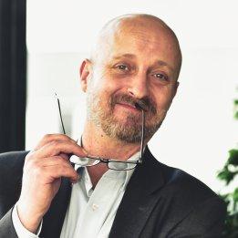 Raimund-Ulmer-Finanzdienst-und-Versicherungsmakler-Finanzen_2.jpg