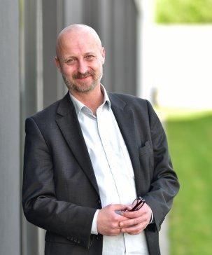 Raimund-Ulmer-Finanzdienst-und-Versicherungsmakler-Immobilien.jpg
