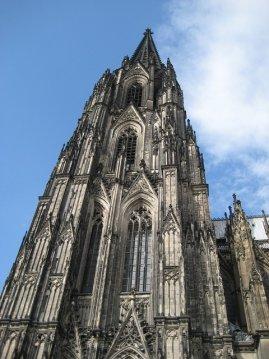 Die Schimmelbeseitigung Köln ist rund um die Uhr für Sie da!