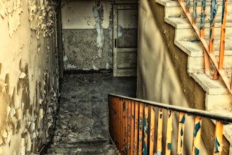 stairs-2662966_640.jpg