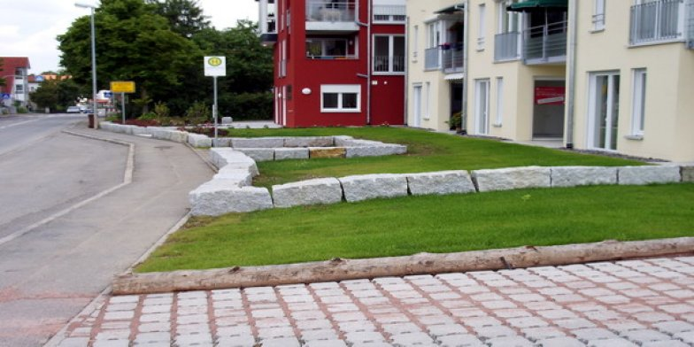 Granit-Mauersteine.jpg