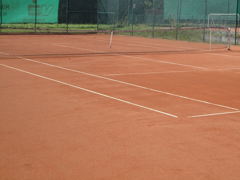 Tennisplatz_2.JPG