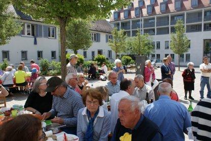 05-Picknick-im-Haus-der-Begegnung_02a.JPG
