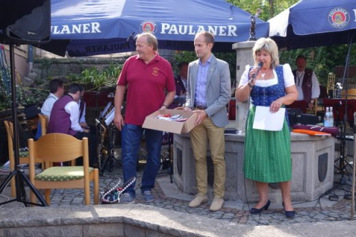 Klaus Mayer (Vorsitzender der DGR), OB Dr. Grimmer und Rita Zigan-Hilgärtner bei der Siegerehrung!