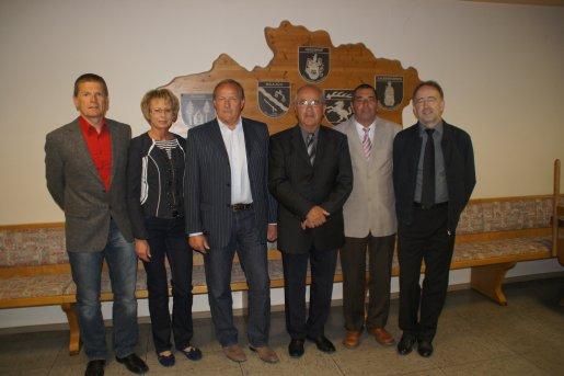 Gerd Breuninger (Schriftführer), Christiane Morawietz (Kassierin), Klaus Mayer (1. Vorsitzende), Horst Müller (Ehrenvorsitzender), Hermann Friedrich (3. Vorsitzende), Dietmar Hilgärtner (2. Vorsitzende), (von links nach rechts)