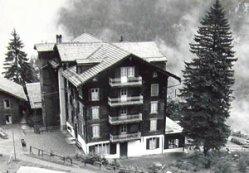 berghaus_ancien.jpg