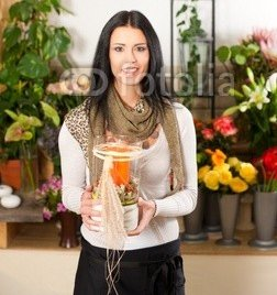 Female_florist_in_flower_shop.jpg