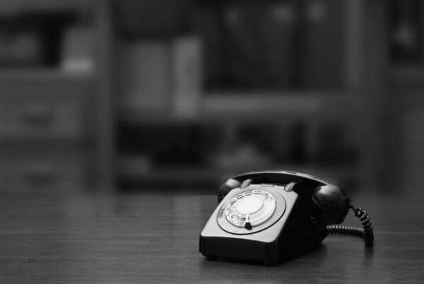 Schwarzes altes Telefon in Basel