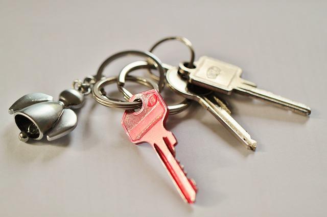 silberner Schlüsselbund