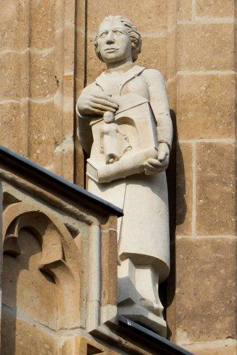 "Rathausturmfigur Köln, ""Amalie Lauer"", Kalkstein, Foto: © Raimond Spekking CC BY-SA 4.0"