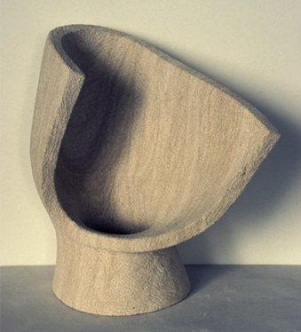 Freie Gestaltung o.T., aus Kalkstein, gefertigt von der Bildhauerin aus Köln
