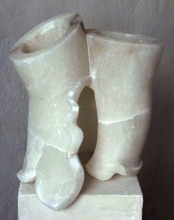 """Skulptur aus der bildenden Kunst: """"natürliche Veränderung"""", Alabaster, 40x30x25cm."""