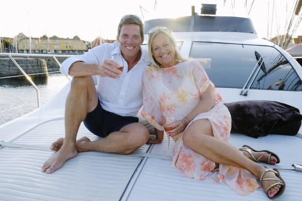 Baltic yacht charter , parture, romantisk