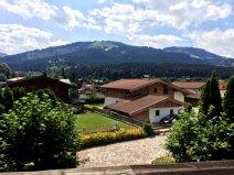 Balkon-Aussicht-Sudwest-Sommer.JPG