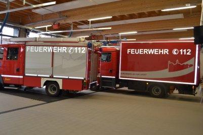 Stadtsilhouette-von-Kirchberg-Feuerwehrauto