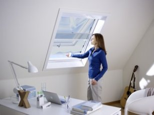 Fliegengitter-Dachfenster