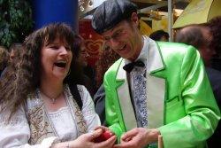 Der Zauberer aus Köln begeistert mit unterhaltsamer Zauberkunst