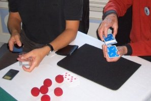 Learning card tricks at Bagatellos seminars