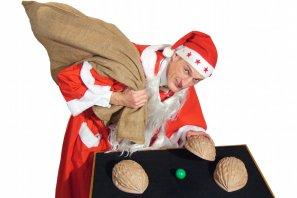 Weihanchtsfeier Walkact mit Weihnachtsmann