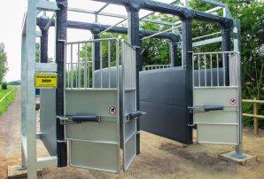 horse-racing-gates
