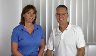 Petra Kemper(Physiotherapeutin) u. Andreas Kemper(Staatl. geprüfter Masseur & med. Bademeister)