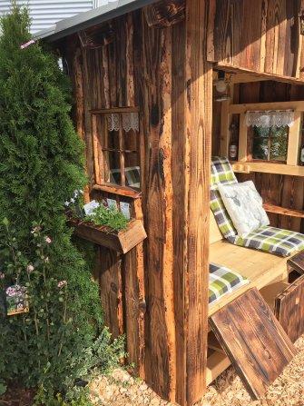 nesthocker-Holzliegestuhl-4.jpg