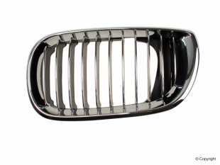 Grille, chrome frame and grille