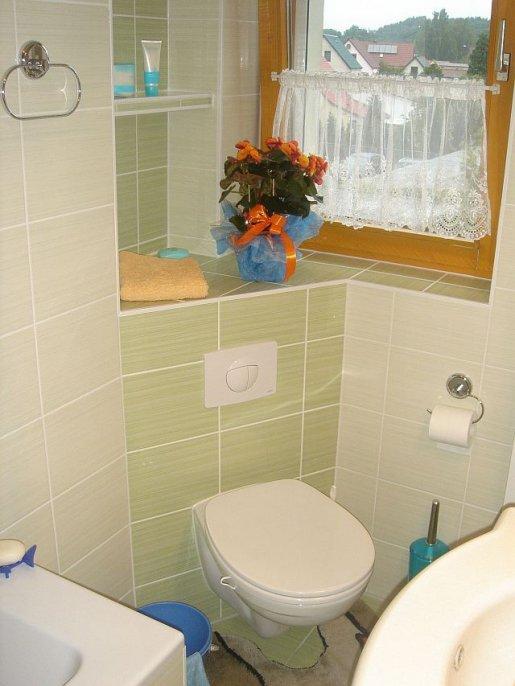 Wand WC nach der Badsanierung