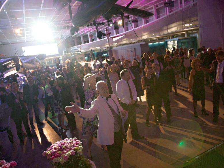 Comedy-Kellner Frankfurt - Moderation Firmenfeier