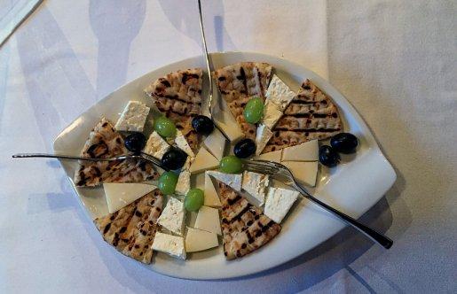 Käse Bei Georgios - Griechische Spezialitäten in Böblingen-Dagersheim