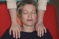 Agnes Waser mit Klientin - die eigene Kraftquelle finden