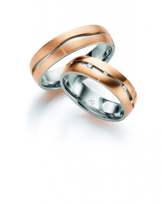 Ringe aus Weiss- und Rotgold mit Brillanten
