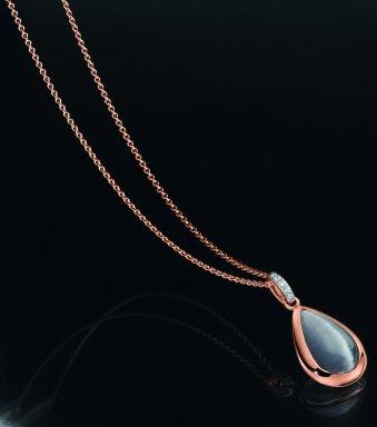 Anhänger und Kette aus roségoldplattiertem  Silber mit einem synthetischen Mondstein und Zirkonias