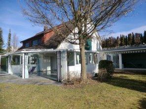 Villa-Oberwil.jpg