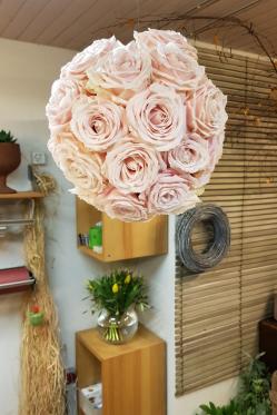 Rosenkugel-rosa-DIY-Anleitung-selber-machen.png
