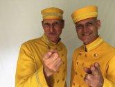 Hotelpagen_Gelbe_Uniform.jpg