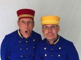 Hotelpagen_Uniform_rot_gelb-blau.jpg