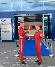 Walkact DIE PAGEN zur Fillialen Eröffnung von Ford Jochem in St. Ingbert 2018.